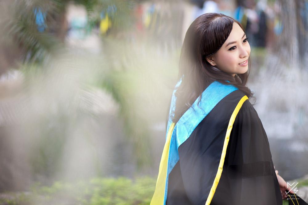 มหาวิทยาลัยหอการค้าไทย รับปริญญา น้องส้ม วันจริง