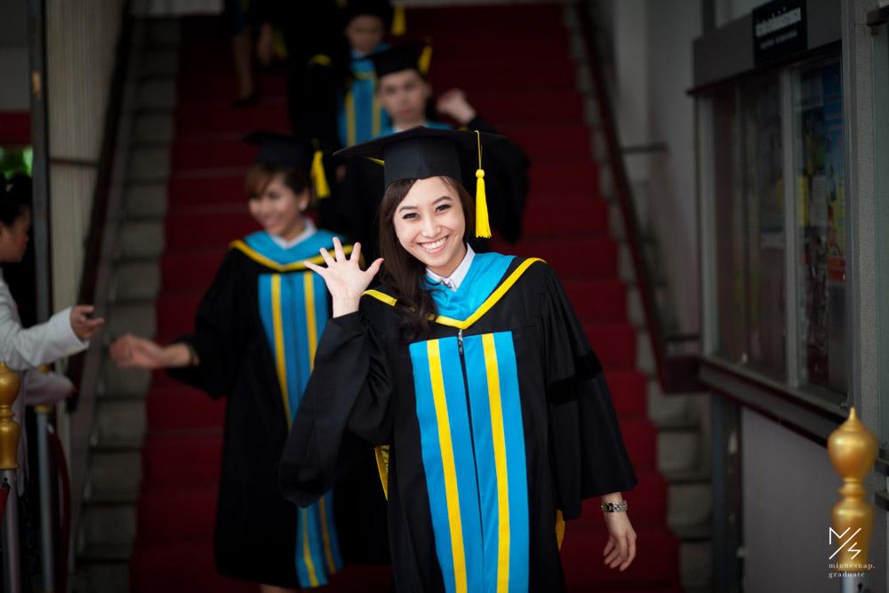 university of the thai chamber of commerce graduation 12