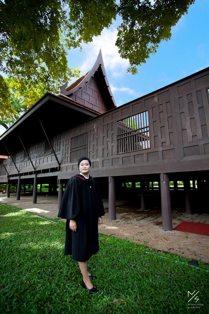 silpakorn university graduation ging 1